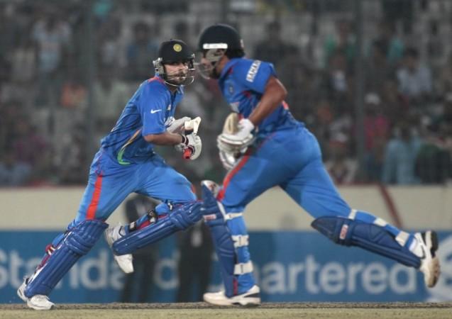 India, Dhoni