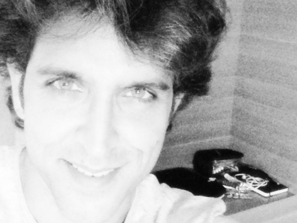 Hrithik posted the photo on FB before his surgery