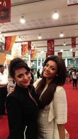 Kajal Aggarwal and her sister Nisha (Facebook/SIIMA)