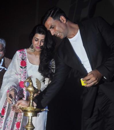Akshay Kumar, Nimrat Kaur