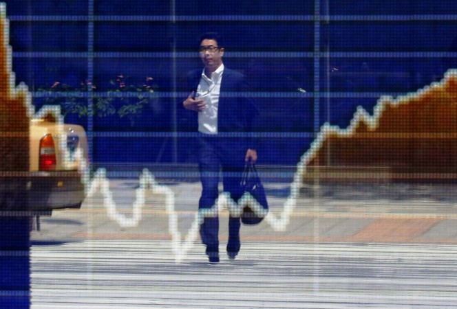 Asian Shares Bounce from 4-week low