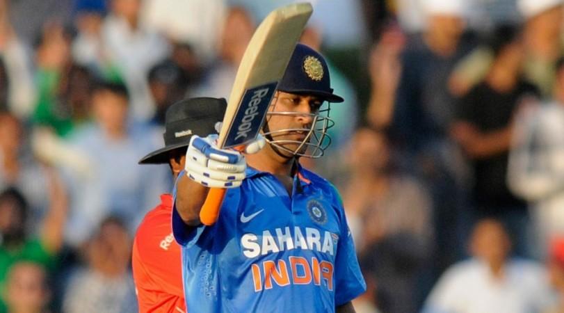 Dhoni India