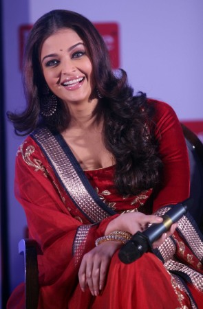 Aishwarya Rai Bachchan (Varinder Chawla)