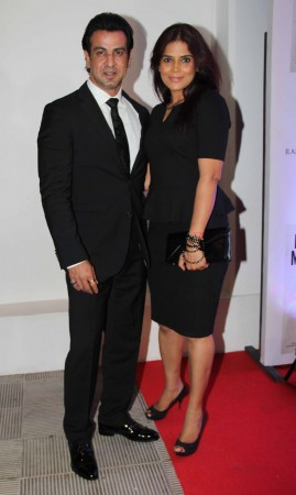 Television actor Ronit Roy  and wife (photo Varinder Chawla)