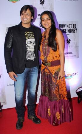 The Happy Couple: Vivek Oberoi and wife Priyanka  (photo Varinder Chawla)
