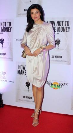 Diva Sushmita Sen looks elegant (photo Varinder Chawla)
