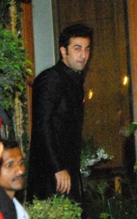 Ranbir Kapoor Arrives (Varinder Chawla)