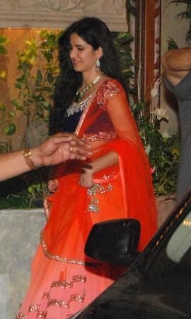 Girlfriend Katrina Kaif follows Ranbir (Varinder Chawla)