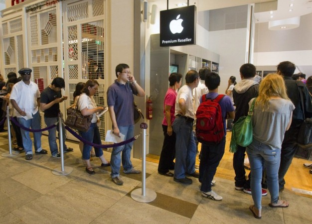 Apple Launches New Trade-In Program; Takes A Jab At Android Users, Accepts Any Phone