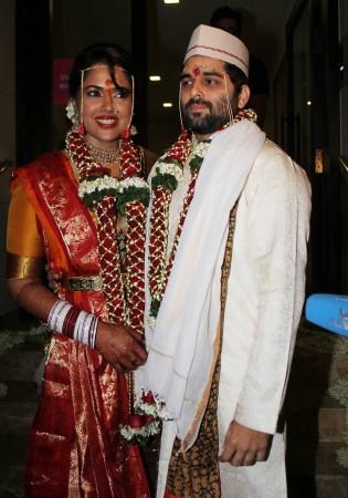 Sameera Reddy-Akshai Varde (Varinder Chawla)