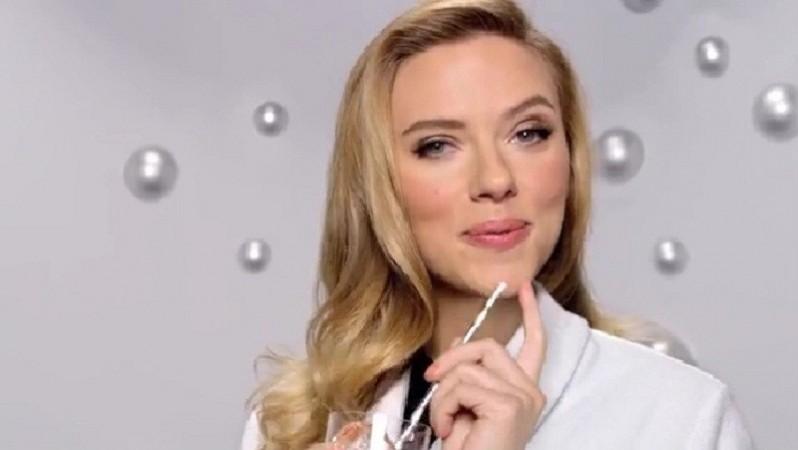 Scarlett Johansson Super Bowl Soda Ad/SodaStream