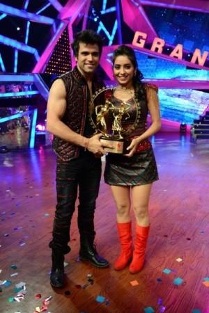Rithvik and Asha Winners Of Nach Baliye 6