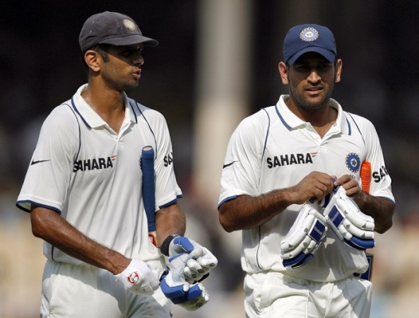 Dravid backs Dhoni