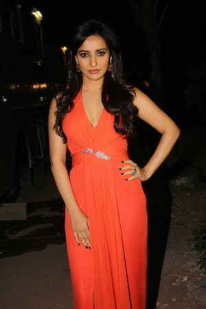 Neha sharma promote film Youngistan on the sets of Comedy Circus