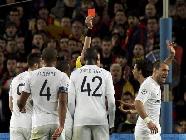 Zabaleta Manchester City Stephane Lannoy referee