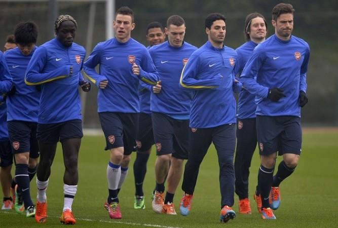 Arsenal Giroud Sagna Koscielny Arteta Vermaelen