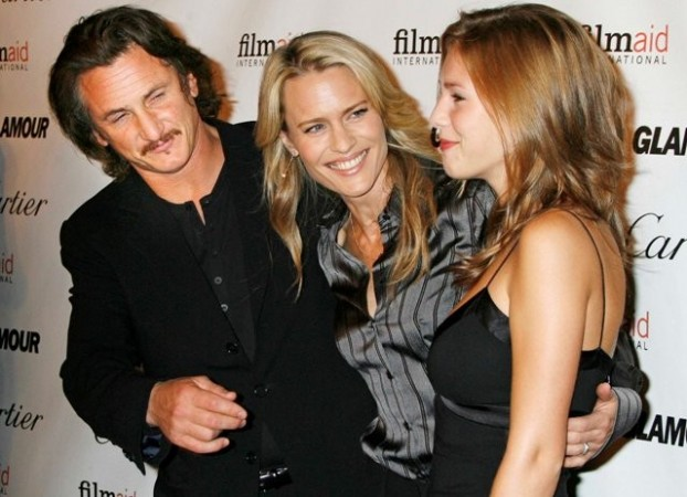 Dylan Penn with her parents, Sean Penn and Robin Wright