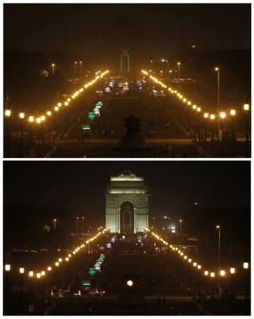 A combination picture shows the India Gate before (bottom) and during Earth Hour in New Delhi March 29, 2014.