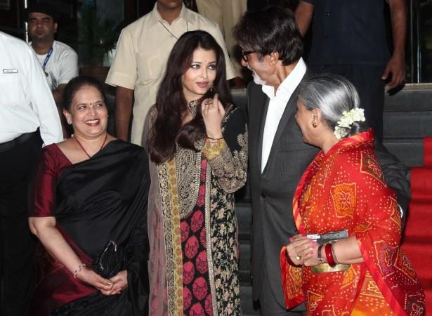 Aishwarya Rai, her mother Vrinda Rai, Amitabh Bachchan, Jaya Bachchan