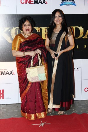 Latha Rajinikanth and daughter Soundarya