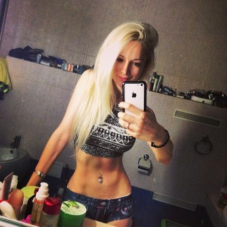 Valeria Lukyanova Lives with Air and Light