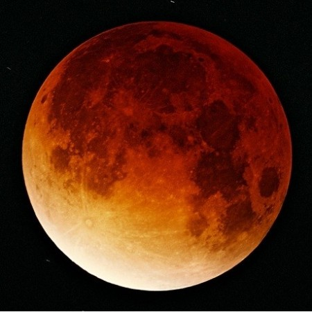 With an impending rare astronomical event of four blood moons or Total Lunar Eclipses approaching, fears are growing of an apocalypse. (Image: Wiki Commons)