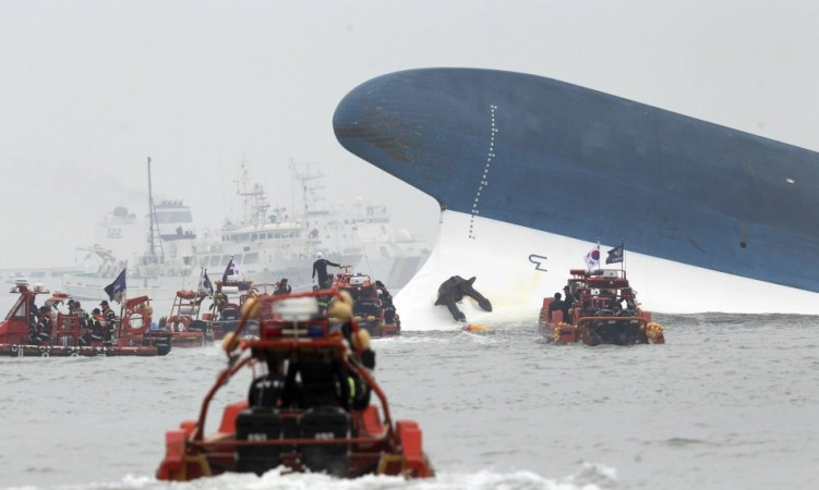 A South Korean Passenger ship carrying more than 470 people, mostly high school students has capsized. In the Picture, a girl is being rescued (Photo: Reuters)