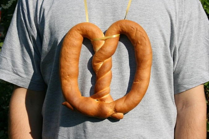 Happy National Pretzel Day 2014! Here is the history and origin of pretzel and 6 interesting facts to know about the day. (Photo: Wikimedia Commons/Frank Vincentz)