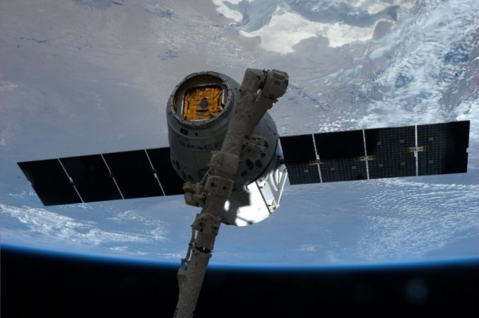 SpaceX's Dragon Returns to Earth from Space Station (NASA)
