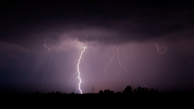 Solar Wind Linked to Lighting Strikes; Researchers Find