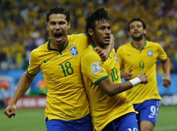 Hernanes Neymar Brazil