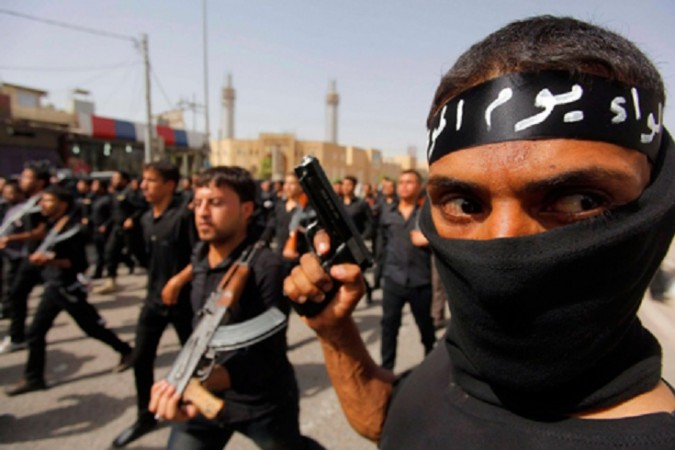 Activists claims that 6,300 new recruits have joined Islamic State since US Airstrikes began