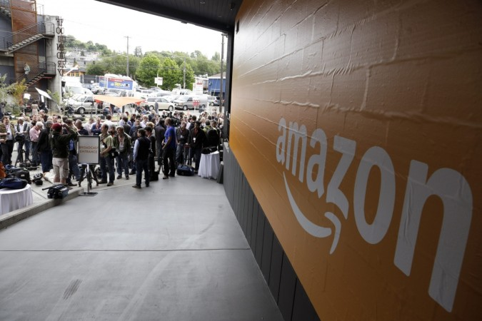 Black Friday Deals 2015: Amazon kicks off early with great discounts on TVs, cameras and more