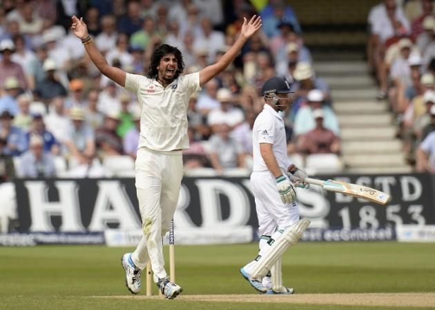 Ishant Sharma India England Ian Bell