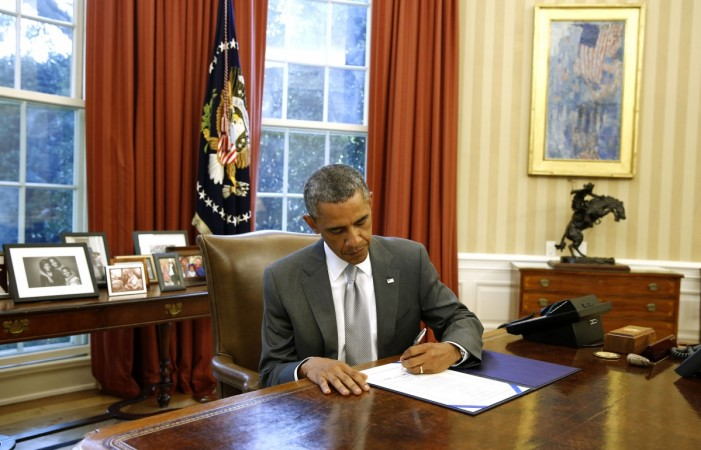 US President Barack Obama has signed a bill authorizing an additional $225 million for Israel's Iron Dome missile system.
