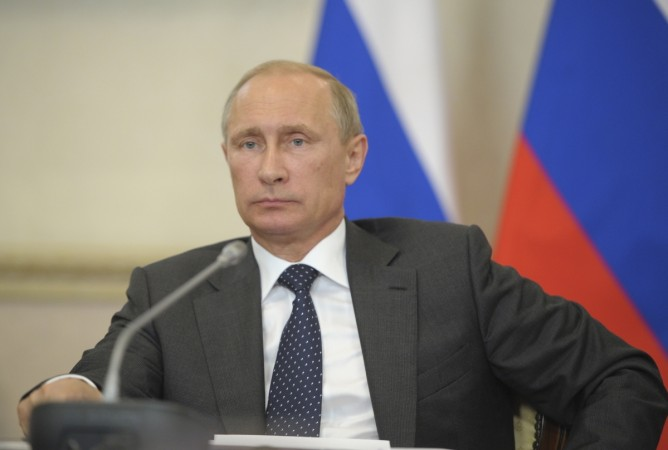 Russia's President Vladimir Putin chairs a session of the State Council Presidium in Voronezh, August 5, 2014. Putin has ordered his government to prepare retaliatory measures against the latest round of Western sanctions, Russian news agencies reported o