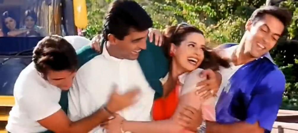 Salman Khan, Neelam Kothari, Monish Behl, Saif Ali Khan in Hum Saath Saath Hain