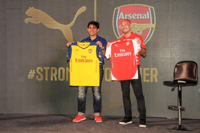 Arsenal Freddie Ljungberg Rajiv Mehta Puma shirt launch