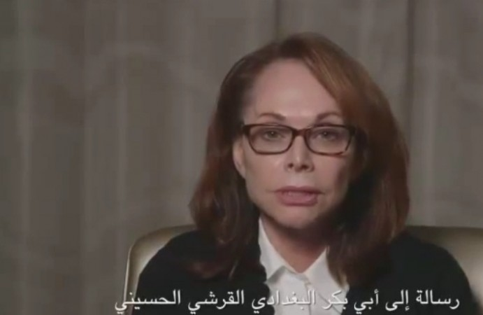 The mother of journalist Steven Scotloff held captive by ISIS has released a video entreating the jihadists to spare her son's life.