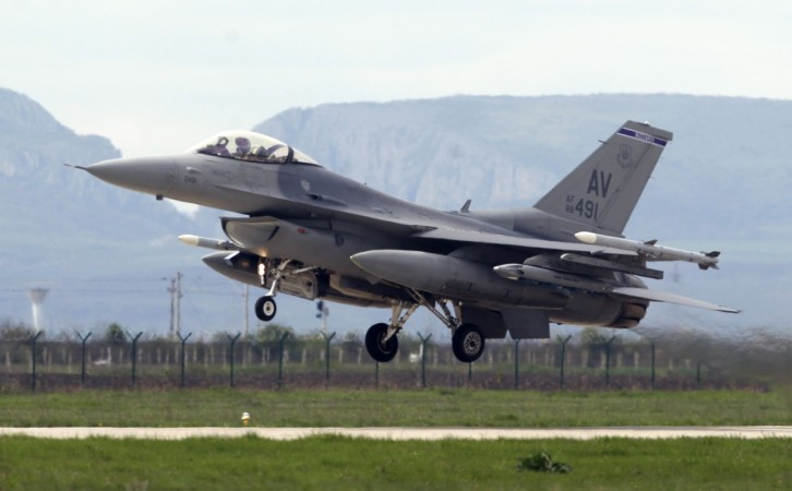 The plane failed to respond to air traffic control at 10am EST (2pm GMT), and the US scrambled two F-15 fighter jets from McEntire Joint National Guard Base in Richland Country, South Carolina, to investigate the situation.