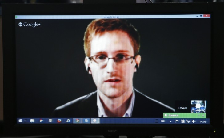 US fugitive and whistleblower Edward Snowden has been reunited with this long-time girlfriend.