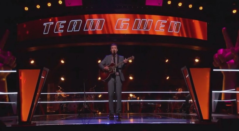 """Taylor John Williams and Troy Ritchie perform on """"The Voice"""" Season 7 Knockout Rounds 2"""