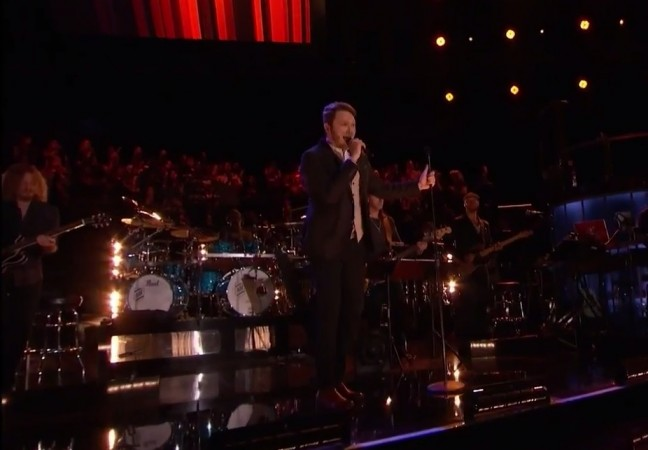 """Luke Wade from Team Pherrell performs """"Let's Get it On"""" by Marvin Gaye on """"The Voice"""" Season 7 Live Playoffs"""