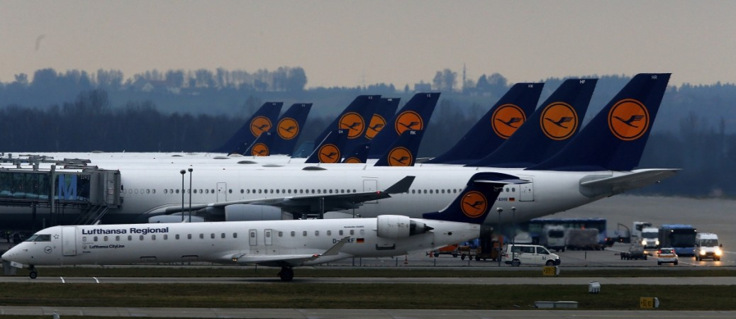 1350 Lufthansa Airlines flights cancelled due to strike