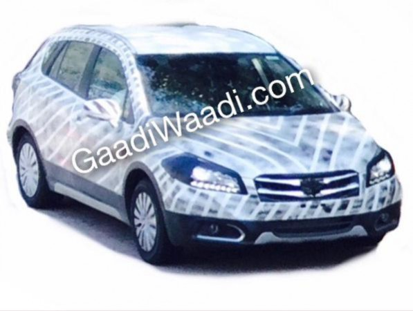 Maruti Suzuki SX4 S-Cross Spied With HID Projector Headlamps and DRL