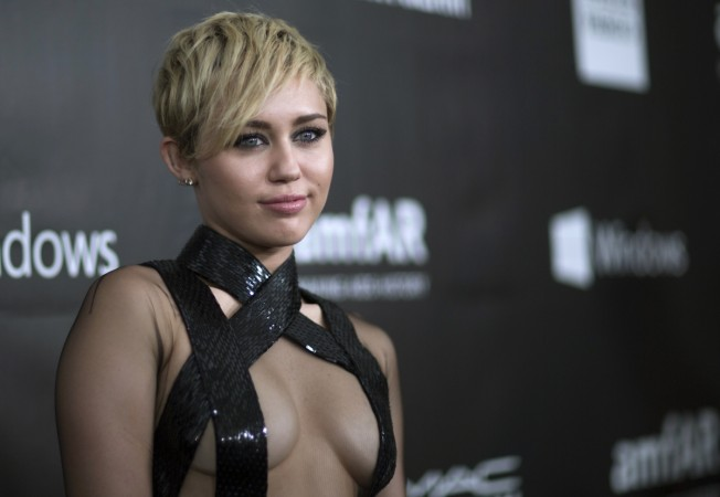 Life & Style's 'Miley Cyrus Pregnant and Being Forced into Rehab' Hoax Busted
