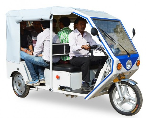 Terra launches electric auto rickshaw R6 in India