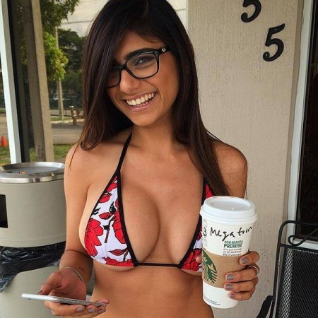Mia Khalifa drinks Starbuck coffee in a bikini