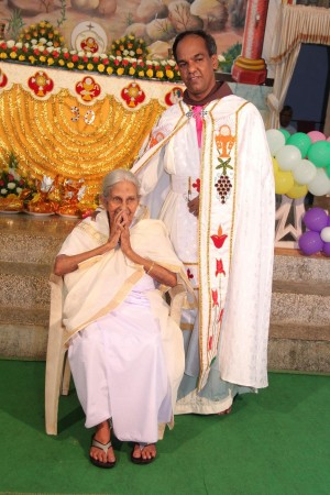 Priest jose Palimattom from Kerala with his mother