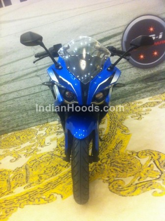 Bajaj Pulsar 200SS Returns in Fresh Spy Shots, Stunning In Blue And White Colours